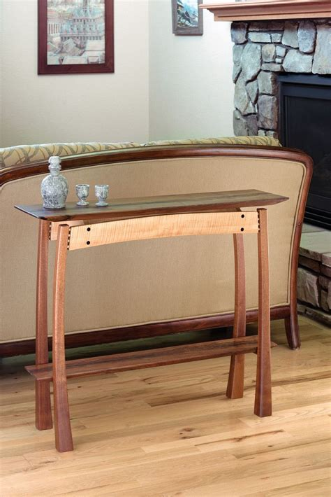 Fine-Woodworking-Floating-Top-Table