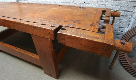 Fine-Woodworking-Graveyard-Keeper