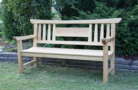 Fine-Woodworking-Japanese-Garden-Bench