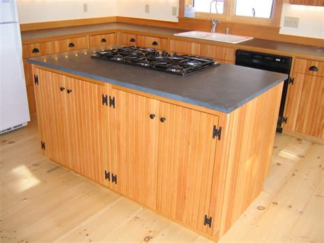Fine-Woodworking-Kitchen-Cabinets