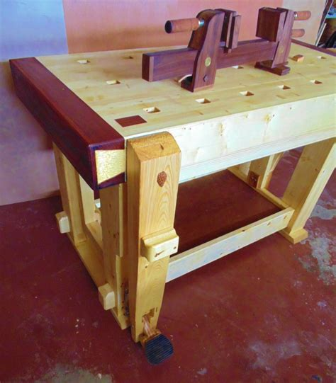 Fine-Woodworking-Leg-Vice