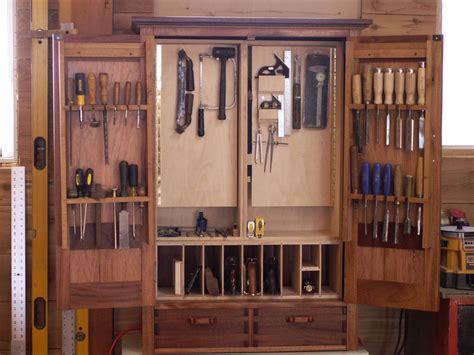 Fine-Woodworking-No-56