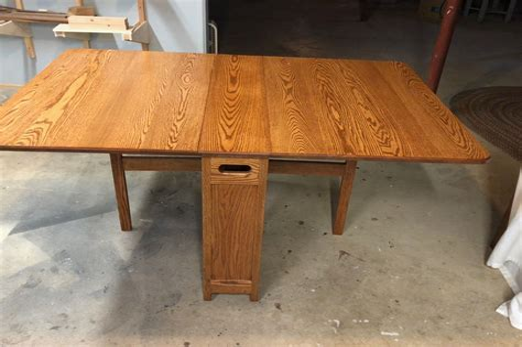 Fine-Woodworking-Roll-Away