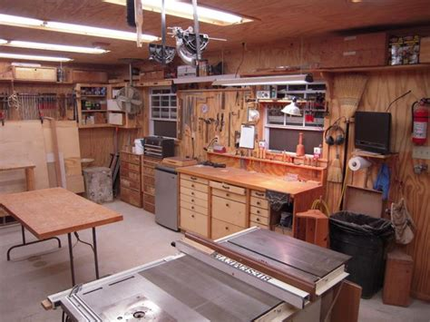 Fine-Woodworking-Setting-Up-Shop