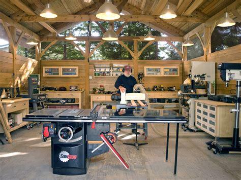 Fine-Woodworking-Shop-Tours