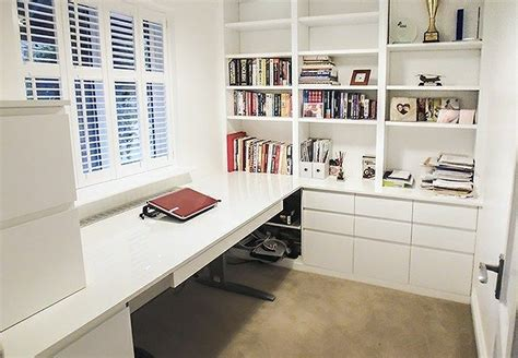 Fitted-Home-Office-Furniture-Diy