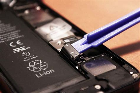 Fix iPhone Battery In Braintree