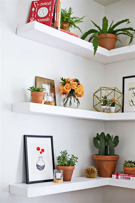 Floating Corner Shelf DIY
