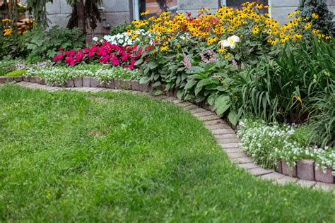 Flower Bed Border Design