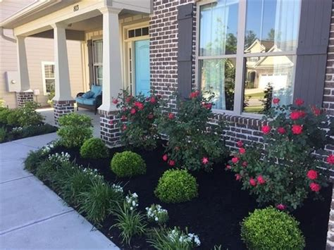 Flower-Bed-Plans-For-Front-Of-House