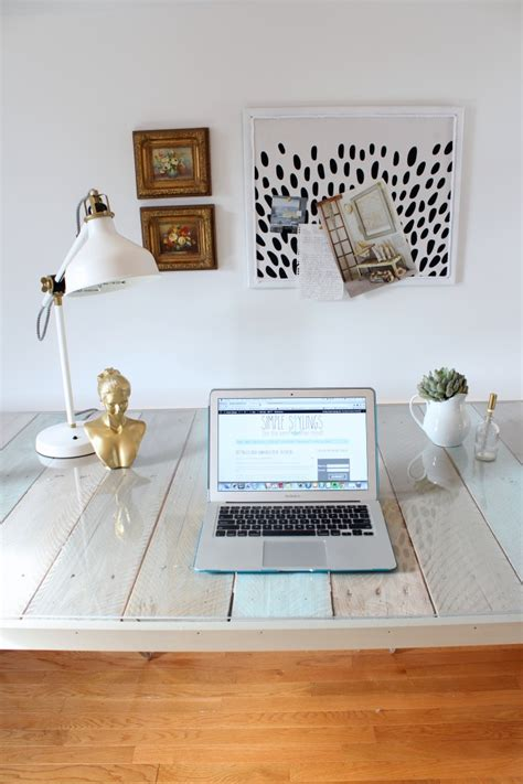 Fluorescent Table Diy With Shelf