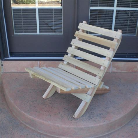 Fold-Up-Wooden-Chair-Plans