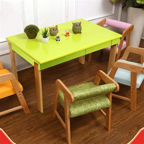 Folding-Play-Table