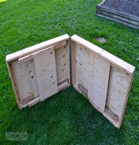 Folding-Portable-Workbench-Plans