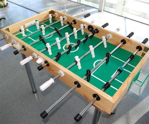 Foosball-Table-Surface-Diy