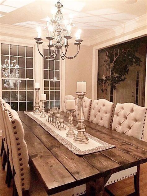 Formal-Dining-Room-With-Farmhouse-Table