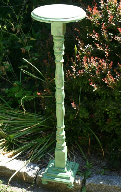 Found-Metal-Side-Table-Base-Diy-Plant-Stand