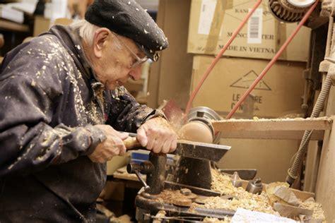 Frank-Turner-Woodwork