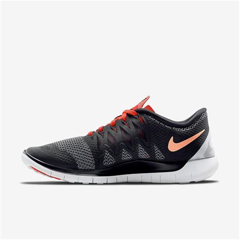 Free 5.0+ Men's Running Shoes (11)