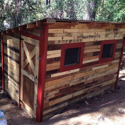 Free Chicken Coop Designs Using Pallets As Planters