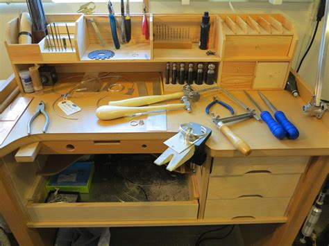 Free DIY Jewelers Workbench Plans