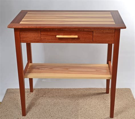 Free Hall Table Woodworking Plans