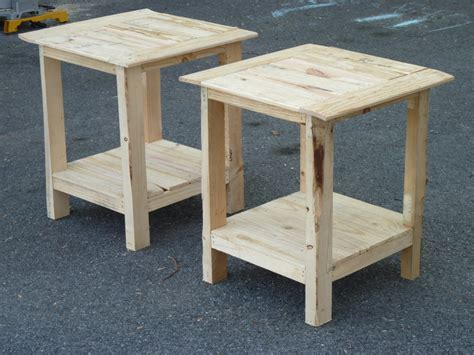 Free Pallet Side Table Plans
