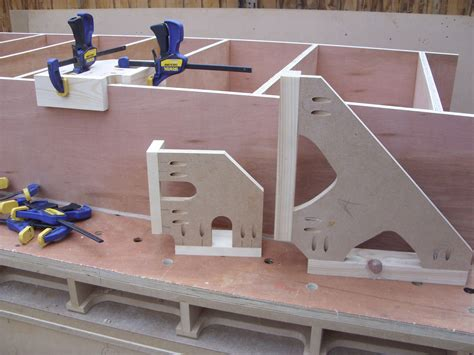 Free Table Saw Clamping Jig Plans