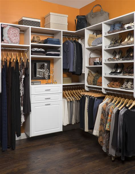 Free Walk In Closet Designs
