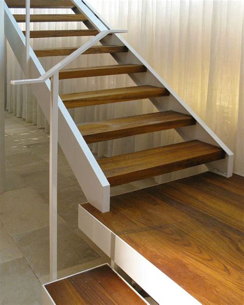 Free Wood Stair Plans With Landing