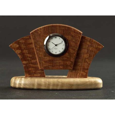 Free-Desk-Clock-Woodworking-Plans