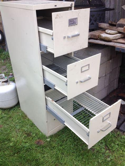 Free-Diy-File-Cabinet-Smoker-Plan-Pdf