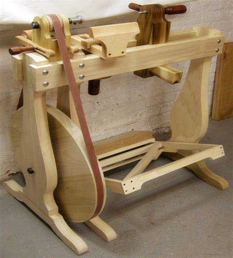 Free-Homemade-Treadle-Wood-Lathe-Plans