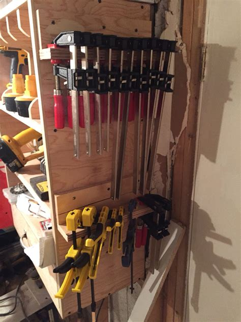 Free-Plans-For-Simple-Clamp-Rack