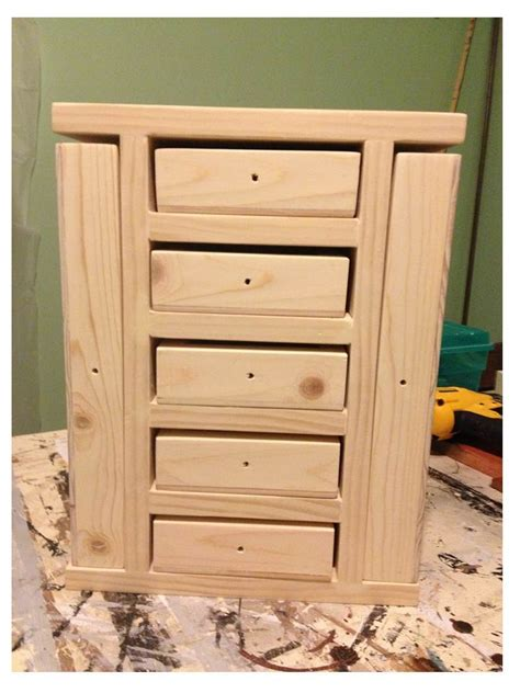 Free-Plans-To-Build-A-Jewelry-Armoire