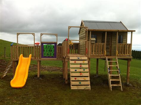Free-Simple-Cubby-House-Plans