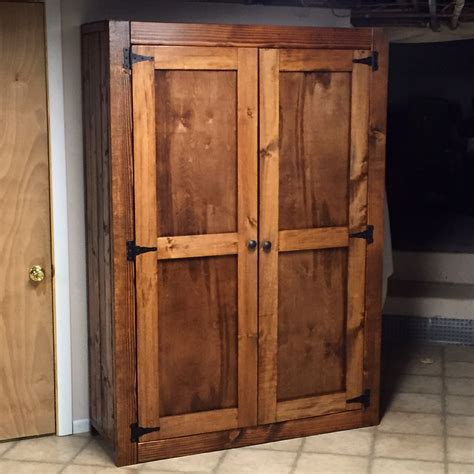 Free-Standing-Cabinet-With-Doors-Woodworking-Plans