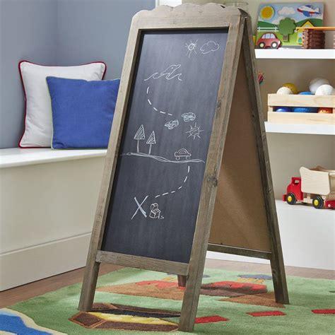 Free-Standing-Chalkboard