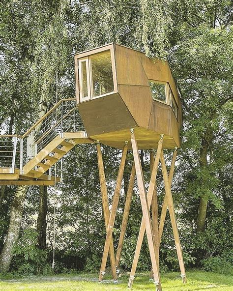 Free-Standing-Tree-House-Plans-Designs