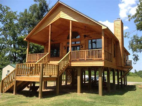 Free-Wood-High-Stilt-Small-Cabin-Plans