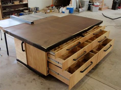 Free-Woodworking-Assembly-Table-Plans