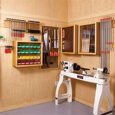 Free-Woodworking-Plans-For-Shop-Storage