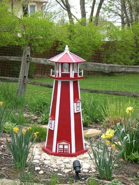 Free-Yard-Lighthouse-Plans