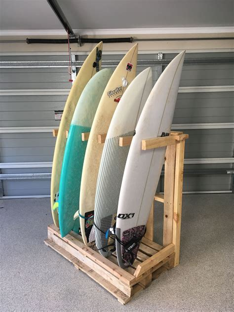 Freestanding-Surfboard-Rack-Diy
