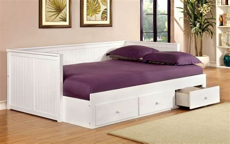 Full Size Day Bed White