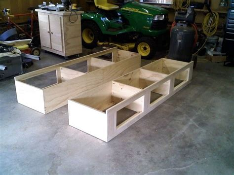 Full-Size-Platform-Bed-With-Storage-Plans