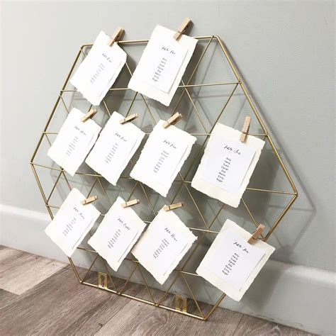Funky-Wedding-Table-Plans