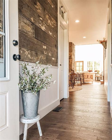 Furniture-Arrangement-With-See-Through-Fireplace-Floor-Plans