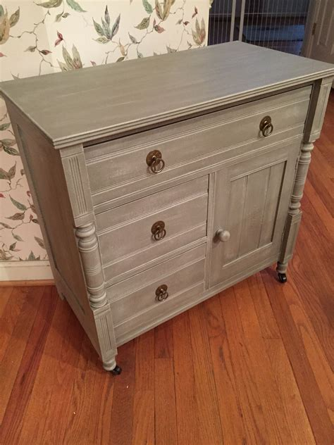 Furniture-Like-Annie-Sloan-Diy