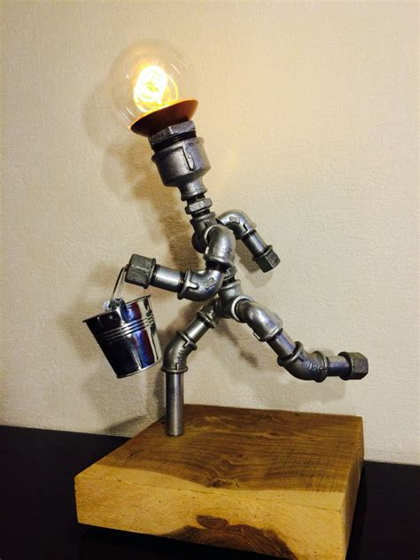 Galvanized-Pipe-Lamp-Diy